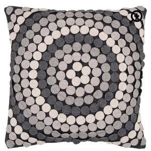 Accent pillow in shades of grey